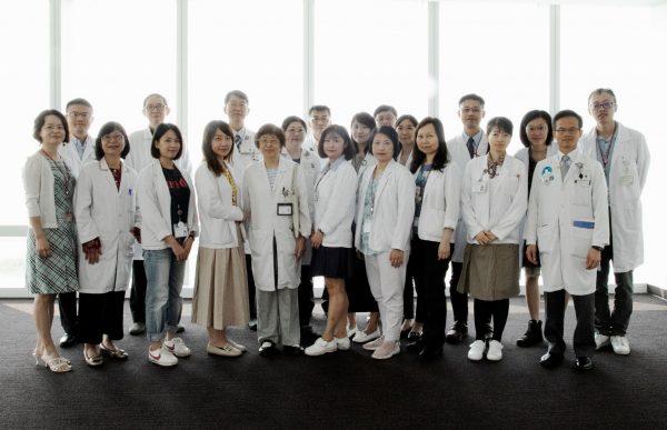 臨床試驗中心團體合照-1華健淵攝